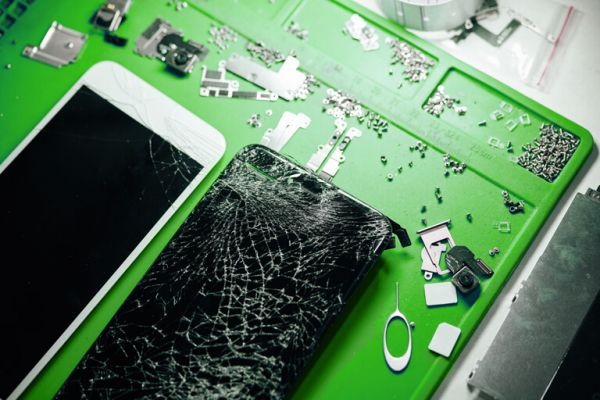 Handy Reparatur - Displayschaden